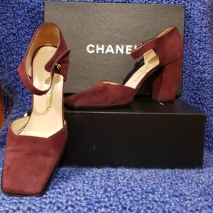 Chanel Authentic Burgundy Suede Stacked Heels